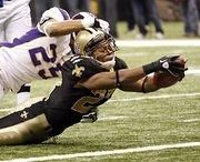 Pierre Thomas scores in the 2009 NFC Championship against the Vikings.