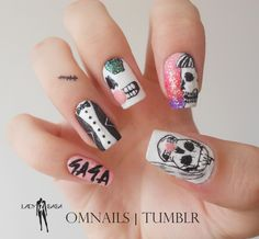 omnails:  Lady GaGa nail art (Halloween) | I would paint only skulls, but I was looking for inspiration on fylgand tought why not to paint ...