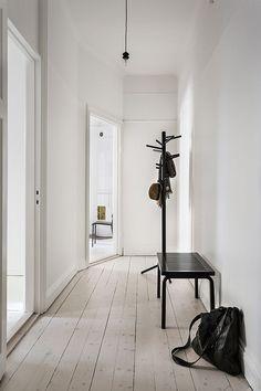 Style épuré pour la décoration du couloir