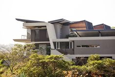 Metropole Architects, Sophisticated family home in Simbithi Eco Estate, South Africa