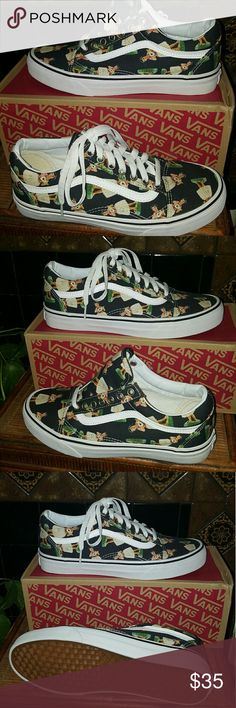 Hula Girl Old Skool Vans Fun and Flirty Old Skool Vans. Great with jeans leggings shorts skirts sundresses workout gear and skater wear and beach attire. Size 8.5 women's and 7.0 men's. Originally 65.00 Vans Shoes Sneakers