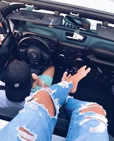 jeep hangs for teens My Dream Car, Dream Cars, Koenigsegg, Rolls Royce, Flipagram Instagram, Car For Teens, Jeep Jeep, Car Goals, Sport Cars