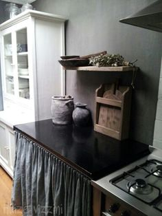 huizevizzini.blogspot.com Cool Kitchens, Dream Kitchens, Loft Spaces, Slipcovers, Interior Inspiration, Interior And Exterior, Kitchen Dining, Upholstery, Decorating Ideas