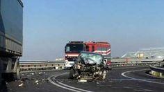 Cronaca: #Foggia #frontale contro #tir: muore in incidente una studentessa di 25 anni (link: http://ift.tt/2dhR1ef )