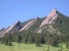 The Flatirons behind Boulder, CO