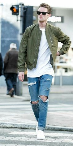 5 Amazing White T-shirt & Jeans Outfits For Men - Men's , Mens Fashion Blog, Mens Fashion Suits, Look Fashion, Fashion Trends, White Outfit For Men, White Jeans Outfit, Cool Bomber Jackets, Streetwear, Bomber Jacket Outfit