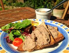 Gourmet Mixed Bean and Mushroom Pâté ~ This is one of those simple to make dishes that just gives you that wow factor as you tuck in. Minutes to put together but absolutely delicious. Perfect at any time, whether it be a  buffet, sitting outside in the sun or as  starter for a dinner party.  http://www.theveganhousehold.com/starters-2/gourmet-mixed-bean-and-mushroom-pate/