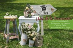Many brides are looking to incorporate vintage shabby chic wedding ideas into their ceremony, reception and all aspects of their wedding celebrations Estilo Shabby Chic, Vintage Shabby Chic, Shabby Chic Homes, Vintage Style, Vintage Wedding Theme, Chic Wedding, Rustic Wedding, Wedding Ideas, Decor Wedding