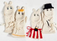 Muumi mittens - Moomintroll, the Snork Maiden, Moominmamma and Moominpappa. I have to make these!