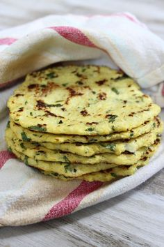 These cauliflower recipes will are light and delicious. Cauliflower nutrition benefits provide a healthy alternative to carb filled meals. Get recipes here. Cauliflower Tortillas, Cauliflower Recipes, Veggie Recipes, Mexican Food Recipes, Low Carb Recipes, Vegetarian Recipes, Cooking Recipes, Healthy Recipes, Keto Tortillas