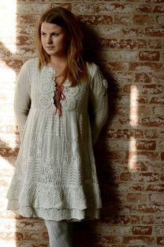 So pretty! dress inspiration.