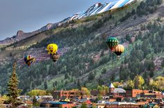 Telluride Balloon Festival    Hot Air Balloons in Colorado ◆ USA
