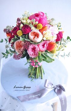 A pretty pink spring wedding bouquet. Wedding Flower Arrangements, Floral Arrangements, Bridal Flowers, Beautiful Flowers, August Wedding Flowers, Summer Wedding Bouquets, Bouquet Wedding, Beautiful Pictures, Floral Wedding