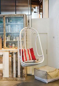 Hangstoel ei #kinderkamer #kinderstoel | Great chair for the #kidsroom!