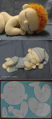 No corpo da boneca costure apenas a parte superior da peça.