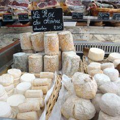 """Fromageries sont dans toute la France. Les Etats-Unis a besoin de plus des fromageries! Ce signe, dit le """"roi des chèvres""""?"""