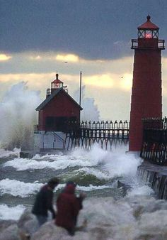 #Lighthouse at Grand Haven State Park, #MI    http://www.roanokemyhomesweethome.com