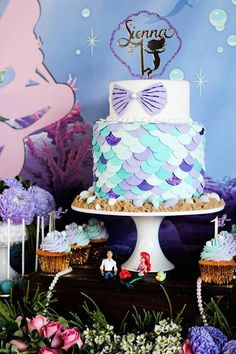 This party is full of vibrant colors, delicious sweets and treats. And the elements of The Little Mermaid won't take away from the upscale vibe.