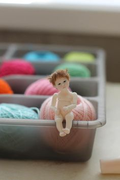 Tiny porcelain bjd by Natasha Yaskova.