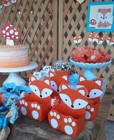 💙🦊 #Raposinhas #Raposinha #FestaRaposinha #FestaRaposa #DecoraçãoRaposinha #RaposinhaParty #ChaDeBebeRaposinha #FestaDePapel #ChaDeBebe… Wild One Birthday Party, First Birthday Parties, Boy Birthday, First Birthdays, Boy Baby Shower Themes, Baby Boy Shower, Fox Party, Elephant Baby Showers, Woodland Party