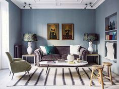Sophisticated modern apartment in Madrid (80 sqm) #design #decor #home #idea #inspiration #room #style #cozy #living #cool #blue #color #tone #spain #sofa #velvet #rug #stripes
