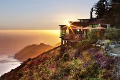 Upscale Tree House Hotel in Big Sur, Northern California