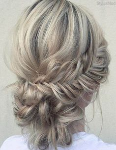 You can discover here the Gorgeous Braided Updo Hairstyle ideas for the Modern Girls and women. If you also want to achieve this Look then you can try out right now these Greatest Ideas of Long Hairstyles. So grab this styles and must try in this week. Braided Hairstyles Updo, Braided Updo, Fishtail Bun, Bun Updo, Updo Hairstyle, Hairstyle Ideas, Easy Hairstyles For Long Hair, Braids For Long Hair, Wavy Hair