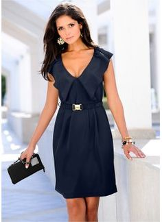 Discover affordable fashion and exclusive styles at bonprix. Business Fashion, Business Style, Casual Chique, Navy Women, Navy Blue Dresses, Jersey Shorts, Collar Dress, Minimalist Fashion, Minimalist Style