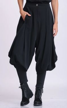 NEW Black Drop Crotch Pants/Loose Maxi Pants/Extravagant Plus Size Trousers/Black Harem Pants/Black Gypsy Pants/Oversize Long Trousers Moda Medieval, Maxi Pants, Harem Pants Outfit, Harem Pants Fashion, Vetements Clothing, Black Harem Pants, Gypsy Pants, Drop Crotch Pants, Cool Outfits