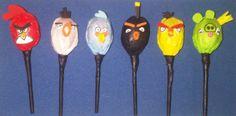Facebook: GLOBOS Y MANUALIDADES (la del payasito fondo naranja. *Bombones decorados (Angry Birds)*