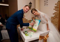 Wedding tree for finger prints