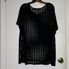 Black top This black top isn't mesh lol Very soft a comfy  3x and in excellent condition INC International Concepts Tops Tunics