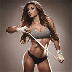 Paige Hathaway is my inspiration. She is beyond gorgeous.