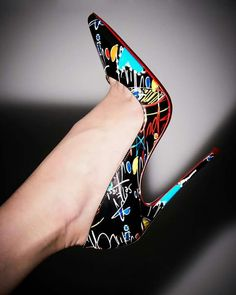 5 Passionate Clever Tips: Super Cute Shoes louboutin shoes pumps. Pretty Shoes, Beautiful Shoes, Cute Shoes, Me Too Shoes, Sexy High Heels, Stilettos, Stiletto Heels, Wedge Shoes, Shoes Heels
