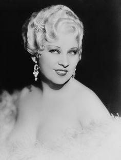 10 secrets de beaute des actrices les plus glamour du vieil Hollywood Mae West