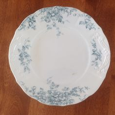 "Antique Colonial Pottery CLUNY 9"" Floral Scalloped Blue Green Transferware Dinner Plate by BucketListGarnishes on Etsy"