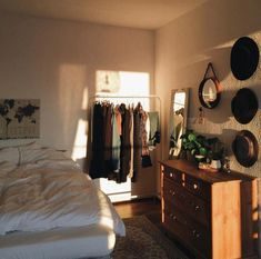 The Biggest Myth About Simple Bedroom Ideas for Small Rooms Apartments Layou. - The Biggest Myth About Simple Bedroom Ideas for Small Rooms Apartments Layout Exposed – apikh - Small Room Bedroom, Home Decor Bedroom, Bedroom Furniture, Trendy Bedroom, Diy Bedroom, Bedroom Wardrobe, Bedroom Dressers, Master Bedroom, Decor Room