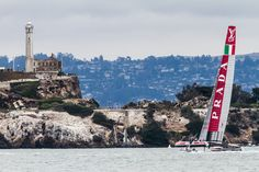 event-americas-cup-2013-07-16-louis-vuitton-luna-rossa-escape-from-alcatraz-3.jpg