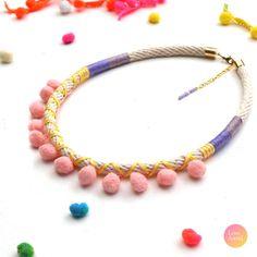 PASTEL Pommie / o Pom Pom collar collar de cuerda por LoveAstrid