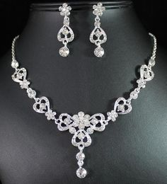 VICTORIAN CLEAR AUSTRIAN RHINESTONE CRYSTAL NECKLACE EARRINGS SET BRIDAL N1387