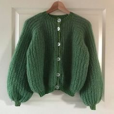 Lille My Cardigan pattern by Knitting by Brosboel Henriksen Crochet Clothes, Diy Clothes, Look Fashion, Fashion Outfits, Fashion Tips, Casual Outfits, Cute Outfits, Crochet Fashion, Mode Inspiration