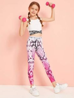 To find out about the Girls Letter Tape Waist Snakeskin Leggings at SHEIN, part of our latest Girls Pants & Leggings ready to shop online today! Dresses Kids Girl, Kids Outfits Girls, Cute Girl Outfits, Cute Outfits For Kids, Dance Outfits, Cute Casual Outfits, Stylish Outfits, Girls Sports Clothes, Preteen Girls Fashion