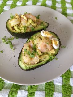 Love avocados.  Love garlic. LOVE shrimp. I think this has the possibility to make me VERY happy...*smile* Stuffed Avocado with Garlic Shrimp #TheSaffronGirl