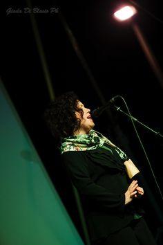 Francavilla al Mare (CH) - 22 giugno 2014 In occasione della quarta edizione del Festival Alessandro Cicognini, Antonella Ruggiero con Paolo Di Sabatino al pianoforte e Glauco Di Sabatino alle percussioni. Fotografia Giada Di Blasio