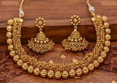 Spectacular Cute jewelry diy,Jewelry unique design and Beautiful jewelry my style. India Jewelry, Fine Jewelry, Gold Jewelry, Temple Jewellery, 1 Gram Gold Jewellery, Jewelry Bracelets, Jewelry Logo, Jewellery Shops, Swarovski Jewelry