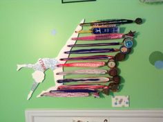 Medal Hanger by Medalla Designs. Gymnastics Crafts, Gymnastics Medal Holder, Gymnastics Bedroom, Kids Gymnastics, Gymnastics Hair, Trophy Display, Award Display, Trophy Shelf, Wc Tabs