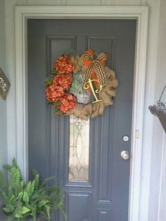 Lovely Fall wreath!