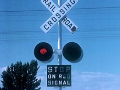 Trains, The Last Clear Chance - 1959 Railroad Grade Crossing Safety Film...