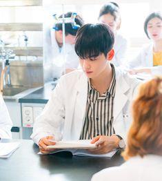 Kwak Dong Yeon, Cha Eunwoo Astro, Ideal Boyfriend, A Love So Beautiful, Japanese Boy, Cha Eun Woo, Kdrama Actors, Drama Movies, Korean Singer