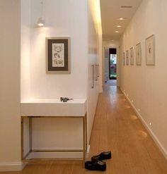 Wonderful design ideas of a narrow corridor in city apartments (With images) City Apartment, Narrow Hallway, Apartment, New Homes, Gypsum Design, Corridor, Corridor Design, Mi Hotel, Van Home